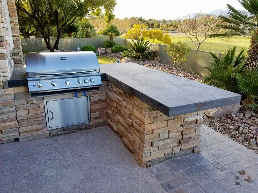 Custom Outdoor Kitchen - With Dekton Trilium by Cosentino & 40 Inch Summerset Sizzler Pro Barbecue Grill Replacement